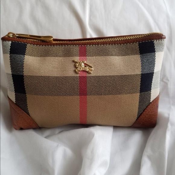 b81f167850c1 Burberry Handbags - Authentic Burberry bag